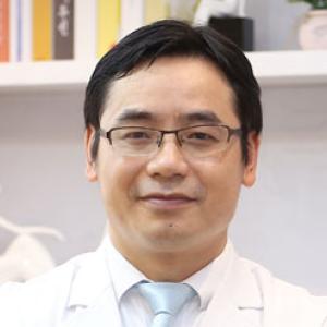 谭立文-植发医生
