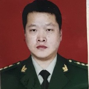 刘刚-植发医生