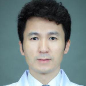 左万昌-植发医生