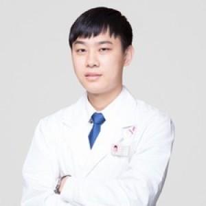 肖庆华-植发医生