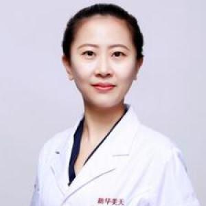 姜露露-植发医生