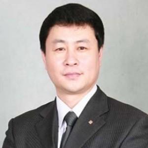 李长富-植发医生