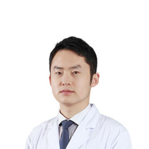 刘晓勤-植发医生