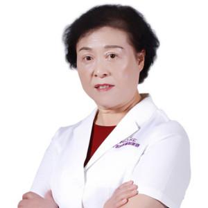 邱美芳-植发医生