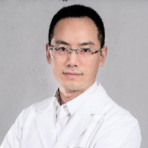 齐尚华-植发医生