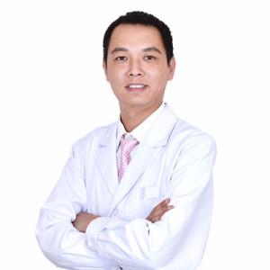马超群-植发医生