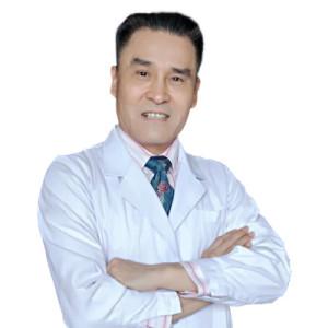 闫保程-植发医生