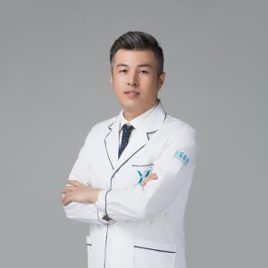 郭晓亮-植发医生