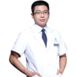 廖骏-植发医生