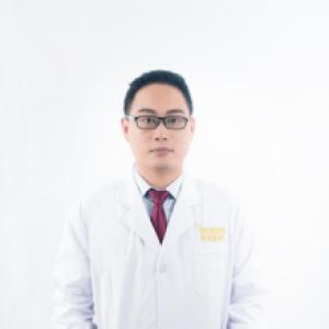 夏国庆-植发医生