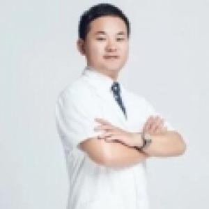 王云杰-植发医生