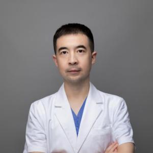阳威-植发医生