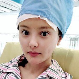 雨露潋琹萧-植发术后第1天图片