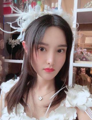 雨露潋琹萧-植发术后第220天图片