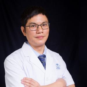 曹国荣-植发医生