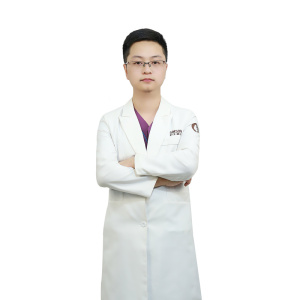 李传位-植发医生