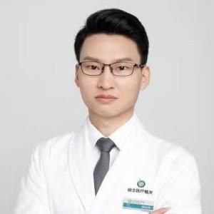 唐峥勇-植发医生