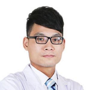 丘会华-植发医生