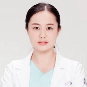 侯佳琪-植发医生