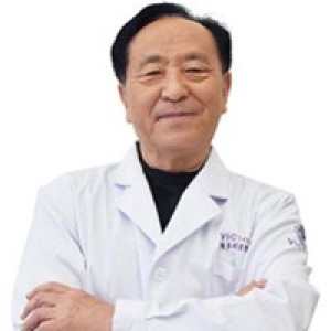 闫祥-植发医生