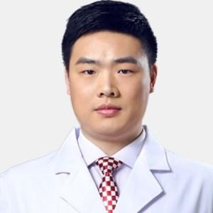张乐伟-植发医生