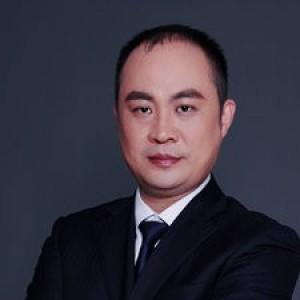 杨斐-植发医生