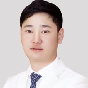 黄烈文-植发医生