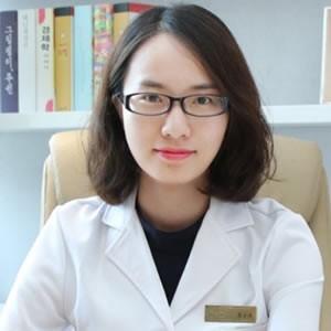 苏小凤-植发医生