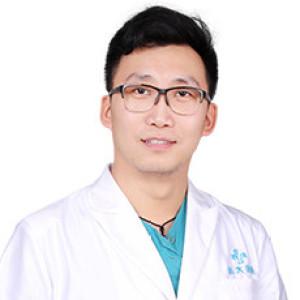 官伟-植发医生
