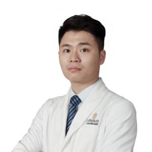 郭镇合-植发医生