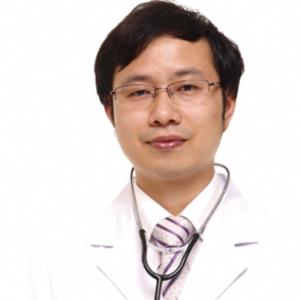 黄东亮-植发医生