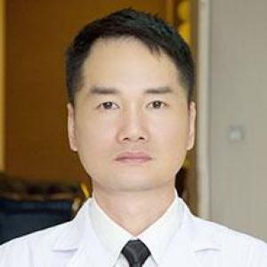 郑攻科-植发医生