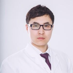 王岩-植发医生