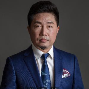 朱胜军-植发医生