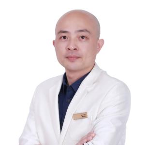 杨国梁-植发医生